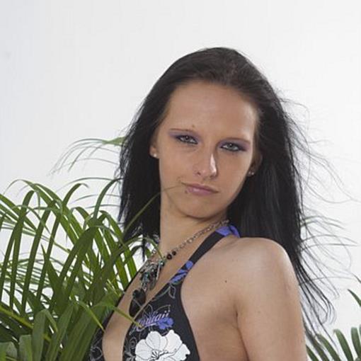 Madeleine aus Lauterach