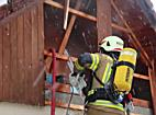 Garagenbrand in Hard droht auf Wohnhaus überzugreifen