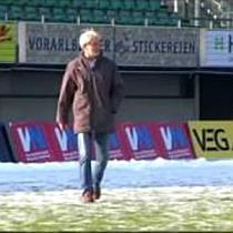 Fußball: Edi Stöhr ist Trainer des Jahres 2009