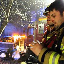Feuerwehreinsatz in Hohenems: Brand drohte auf Dachstuhl überzugreifen