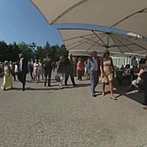 360 Grad: Roter Teppich bei der Eröffnung der Bregenzer Festspiele 2017