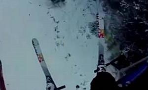 Schneekanone auf Talfahrt in Vorarlberg