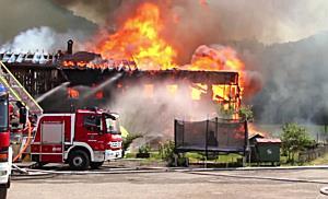 Bauernhof bei Götzis beinahe vollständig abgebrannt
