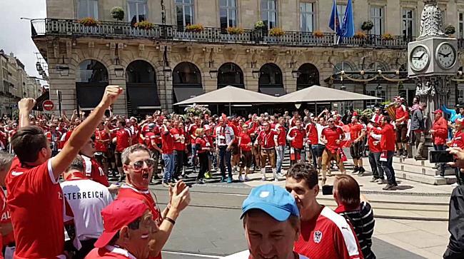 EM 2016: Die Österreich-Fans in Bordeaux