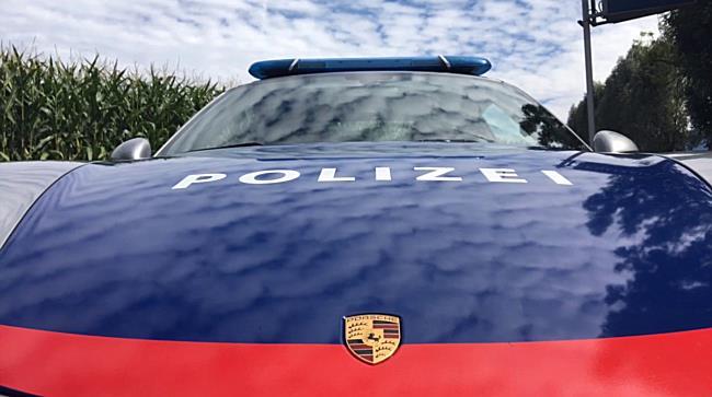 Polizei mit Porsche 911 auf Patrouille in Vorarlberg
