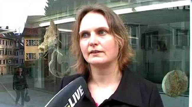 Totenbegleiter von Claudia Mang in der Kunst.Box Bregenz