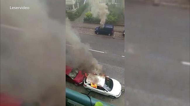 Hamburg im Ausnahmezustand: Brennende Autos sorgen für Kriegsatmosphäre