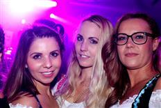Drei Schwesternclubbing Teil 2