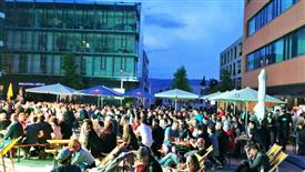 FLAX - Public viewing EM 2016 Am Garnmarkt