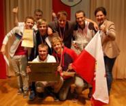 Siegerehrung der Schul Olympics im Cross Country Laufen