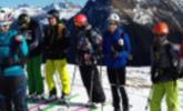 Neue junge Skibergsteiger unterwegs