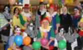 """""""Lustige Clowns"""" hieß das Motto beim traditionellen Kaffeekränzle im Pflegeheim Jesuheim in Oberlochau."""