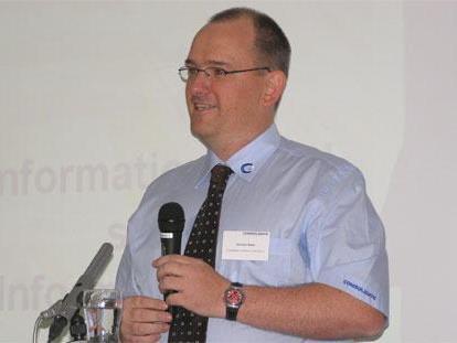 CEO Christian Bickel präsentiert die Version 4.5.