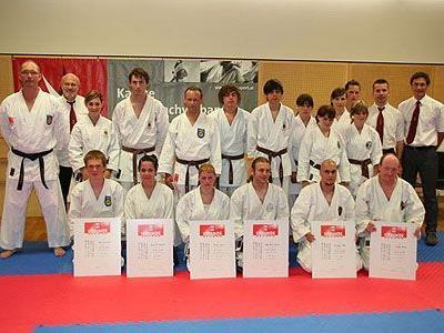20 Sportler nahmen an den heurigen Kyu- und DAN-Prüfungen des Landesfachverbandes teil.