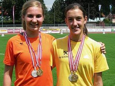 Österreichs beste Nachwuchs-Läuferinnen: Julia Sagmeister (l.) und Verena Wiederin.