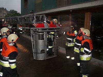 Die Großübung beim Sozialzentrum zeigte die gute Zusammenarbeit aller Wehren und Rettungskräfte.