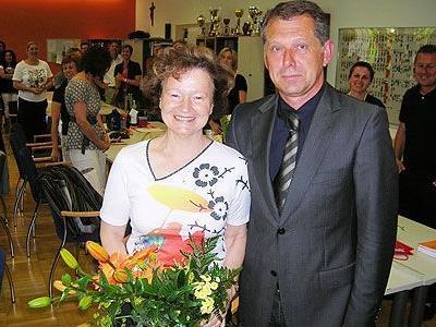 Dir. Arno Habian dankte Elisabeth Reinhard.