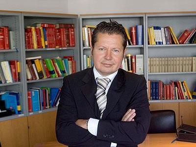 Mag. Nicolas Stieger,Rechtsanwalt