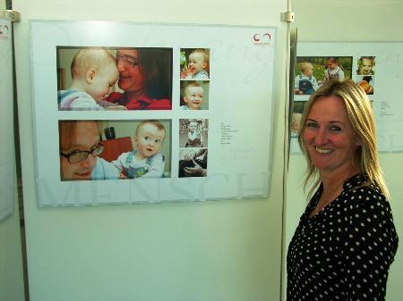 Auf großes Interesse stoßen die Kinder-Fotos von Céline von Knobelsdorff im LKH Feldkirch.