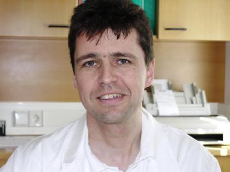 Dr. Peter Buzmaniuk