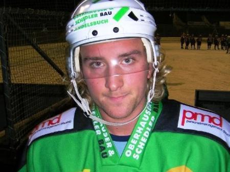 Auch EHC-Verteidiger Kristoffer Bäckström konnte eine weitere Niederlage seines Teams nicht verhindern.