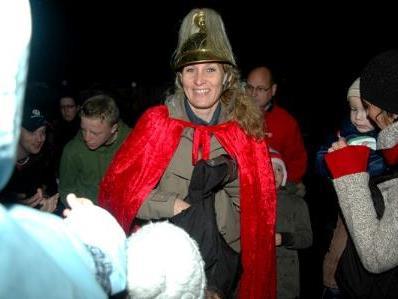 Conny Böhler mit ihrem Pferd Tourandot als Hl Martin