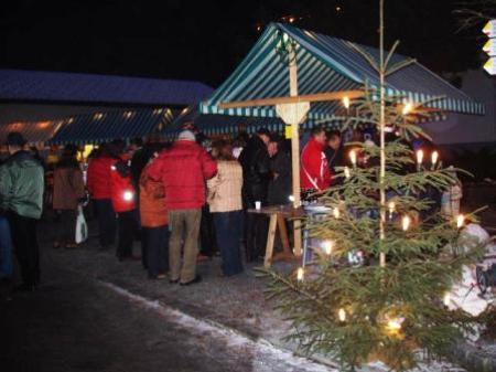 Der Dalaaser Adventmarkt ist ein beliebter Treffpunkt.