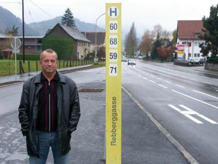 """Die Landbushaltestelle """"Rebberggasse"""" (Richtung Rankweil) in Altenstadt ist betriebsbereit und wird bereits von den Fahrgästen hoch geschätzt."""