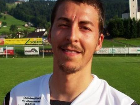 Stefan Pöll führt mit 8 Treffern die interne Torschützenliste an.
