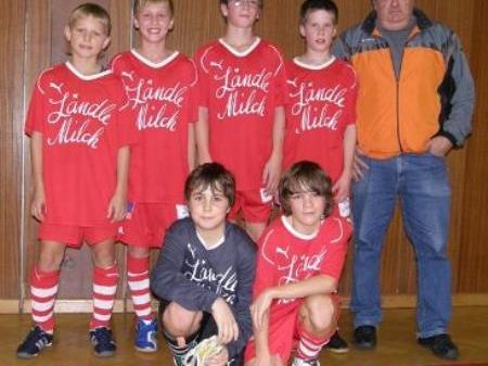 Das siegreiche Team der Musikhauptschule Lingenau.
