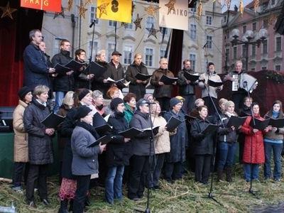 Die UGL-Ludesch trat im Rahmen des Prager Adventsingens auf.