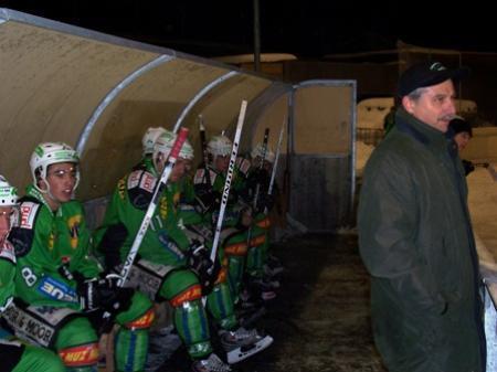 EHC-Coach Marcel Breil sah in den letzten beiden Spielen eine Leistungssteigerung seines Teams.
