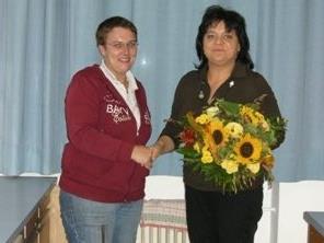Obfrau Karin Rudigier und ihre Nachfolgerin Petra Wachter.