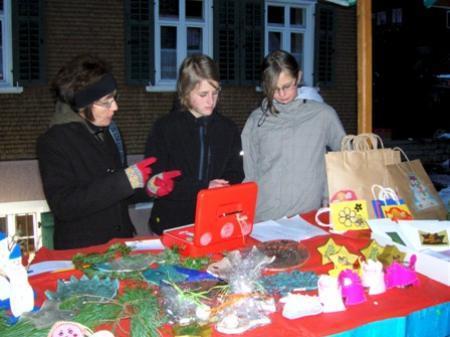 Die Schüler verkauften ihre Arbeiten auf den Märkten der Region.