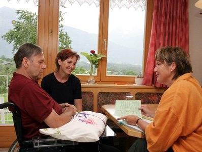 Pflegende Angehörige brauchen Unterstützung.