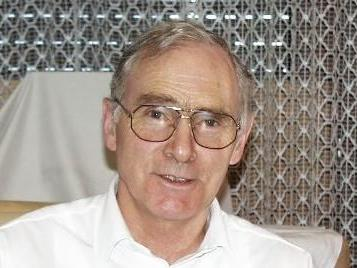 Dr. Elmar Troy