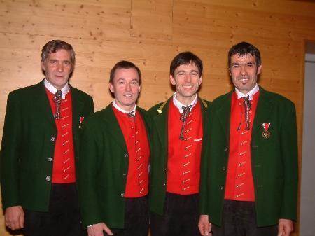 Georg Zimmermann, Luis Weidinger, Christof Weidinger und Bernhard Comper wurden für ihre 40-jährige Mitgliedschaft geehrt.