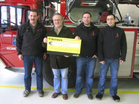 v.l.: Robert Franz (Feuerwehrkommandant Hohenems), Kurt Fenkart (Obmann Lebenshilfe Hohenems), Matthias Brotzge, Rudi Lepuch (Verein Galgenbrüder)