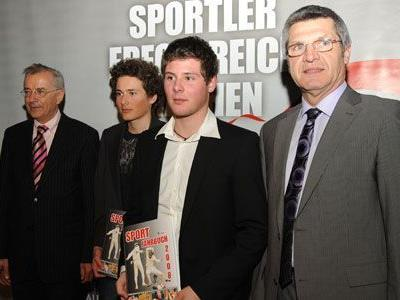 Lucas und Patric Pisoni mit LH Sausgruber und LR Stemer.