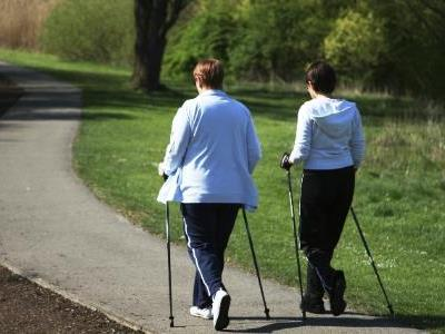 Nordic Walking ist der ideale Einstieg zur mehr Fitness.