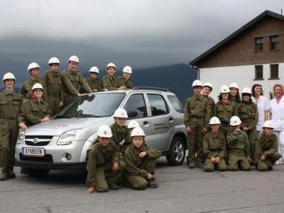 Die Jungfeuerwehr Schwarzenberg verhalf den Gemeindekrankenschwestern zu einem neuen Dienstfahrzeug.