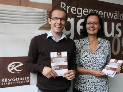 Herlinde Moosbrugger (Bregenzerwald Tourismus) und Michael Moosbrugger (KäseStrasse Bregenzerwald).