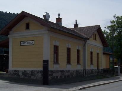 Im Bahnhof wartet zur Wiedereröffnung ein tolles Programm.
