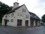 Bild: Das alte Tostner Feuerwehrhaus muss dringend saniert und erweitert werden.