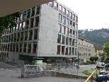 Bild: Das neue AK-Bildungscenter in Feldkirch steht vor der Inbetriebnahme, rechts im Bild das bestehende Kammergebäude.