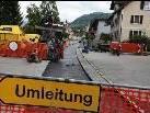 Die Asphaltierungsarbeiten an der Alten Landstraße haben bereits begonnen