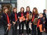 Die Lingenauer Jungmusikantinnen genossen ihre Geburtstagsparty.