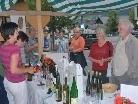 Gemeinsam mit ihrer Mutter und ihrer Tante verkaufte Manuela Ganahl  Weine aus dem Burgenland und war dabei sehr erfolgreich.