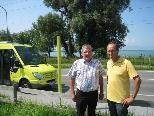 """Karl-Heinz Winkler und Bgm Xaver Sinz - Haltestelle """"Strandbad Lochau"""""""