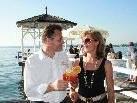 Michael und Veronika Hehle vor der Sunset Bar